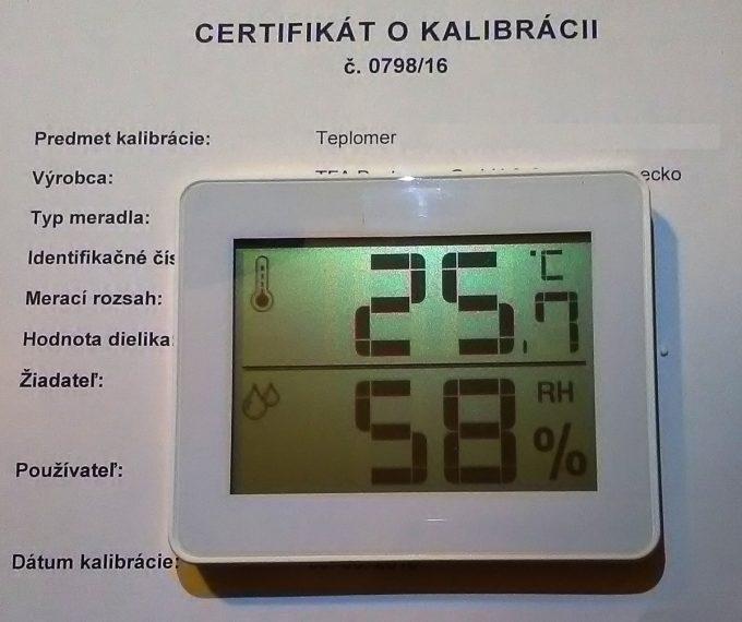 Vlhkomer s teplomerom-kalibrovaný pre suchý a chladený sklad